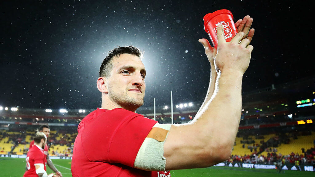 Warburton overwhelmed by support following retirement