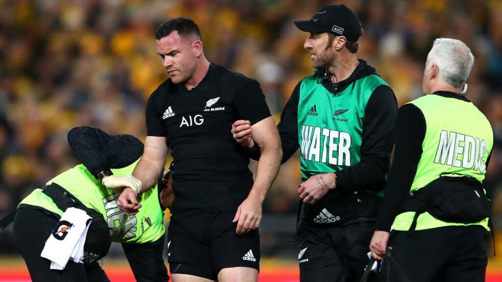 Crotty concussed, Folau injured