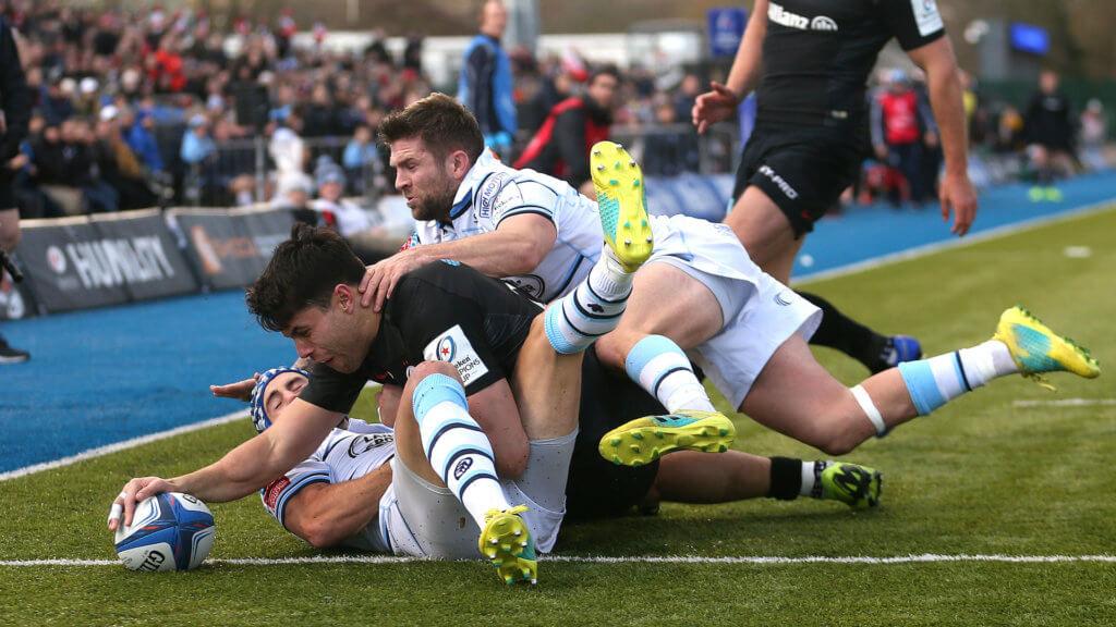 Sarries crush Blues to maintain unbeaten start