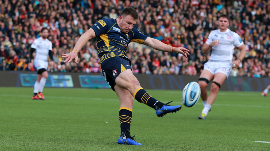 Worcester secure Premiership safety as Gloucester clinch play-off return