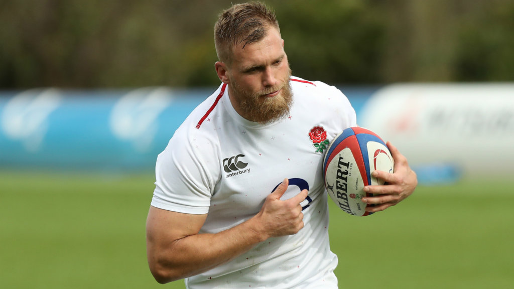 Dombrandt replaces injured Shields in England training camp