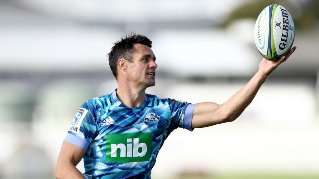 Dan Carter must wait for Blues debut as fans flood back to Super Rugby