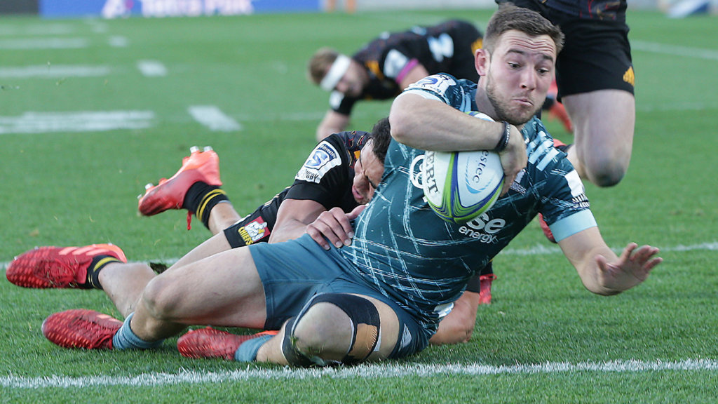 Highlanders rally past winless Chiefs in thriller